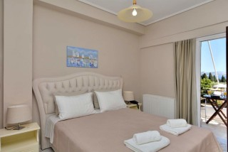 accommodation bella vista studios double bed